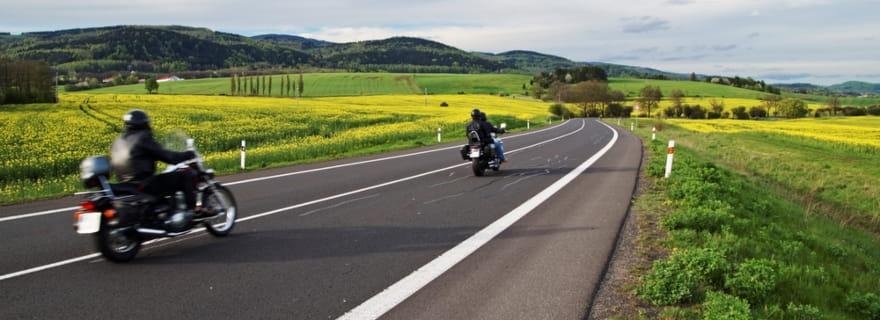 Seguro de moto: cobertura de asistencia en viaje