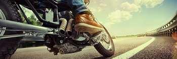 Guía para evitar lesiones en moto