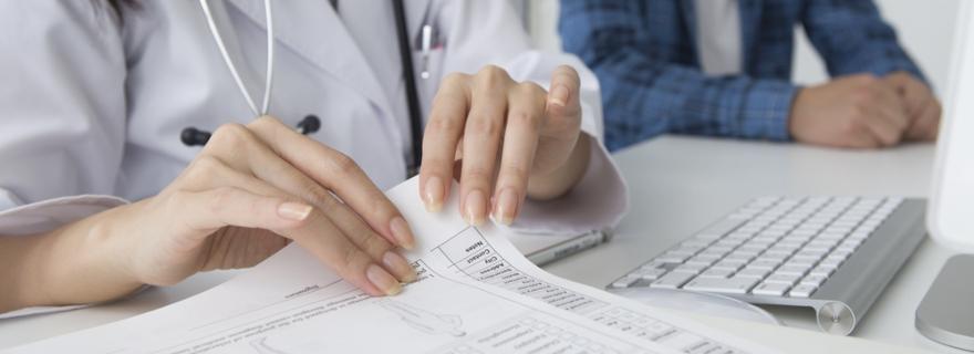 ¿Puede la compañía negarse a renovar el seguro de salud?